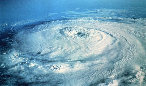 atlantic-ocean-hurricane-season-1011432