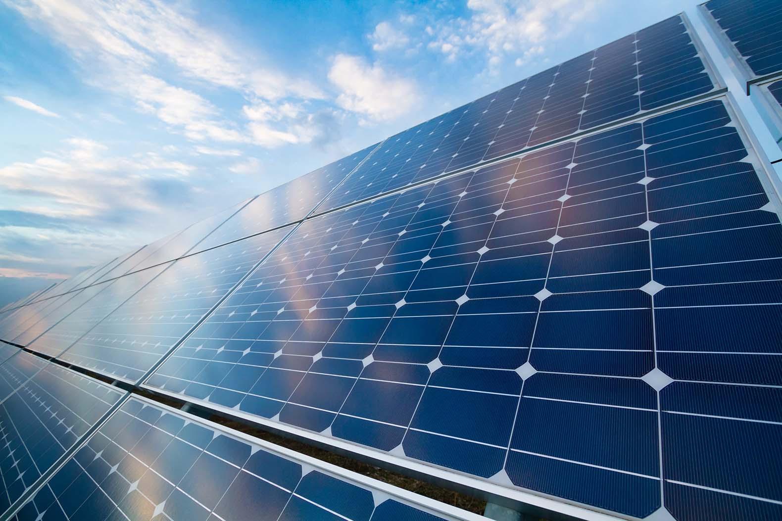 solar-panels-stock